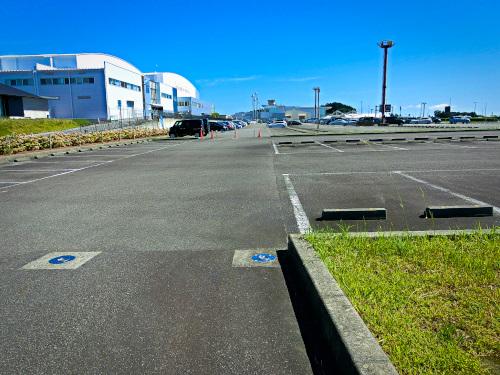富士山静岡空港の大きな駐車場