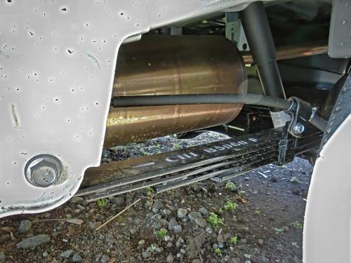 軽トラックの板バネ